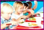 В столовой можно научить детей правильно питаться