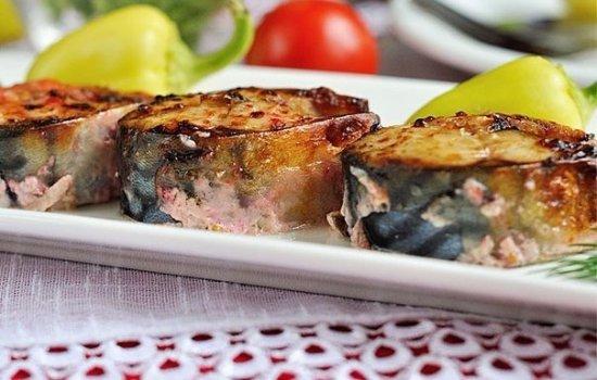 Домашние рыбные блюда из скумбрии с майонезом. Как вкусно запечь, замариновать, оригинально подать отварную или обжаренную скумбрию в майонезе